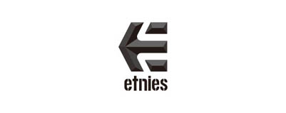 CHIMERA A-SIDEの協賛ロゴ:etnies エトニーズ